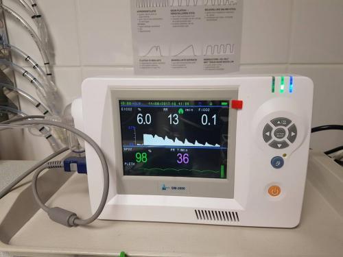 Bewakingsmonitor tijdens gas anesthesie